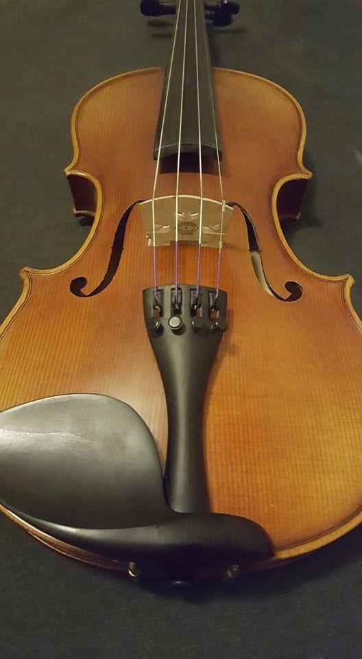HertzStrings Artista model Stradivarius violin